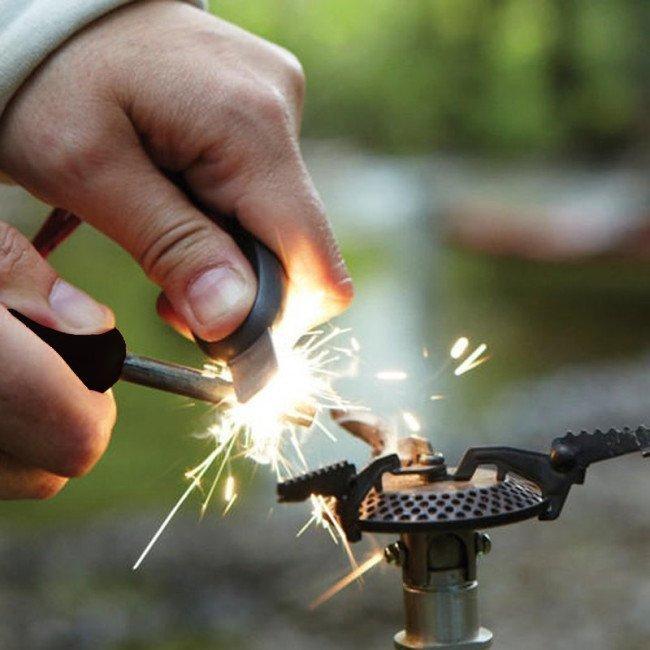 Фото 2 в 1 - огниво + свисток LIGHT MY FIRE FireSteel Army, черное купить в Украине по недорогой цене для рыбалки